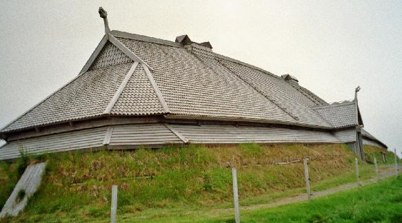 00 N Viking longhouse.jpg